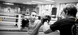 2 sporters in de ring bij Vechtschool Directe Den haag