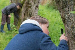 Kinderen ontdekken de natuur Staasbosbeheer