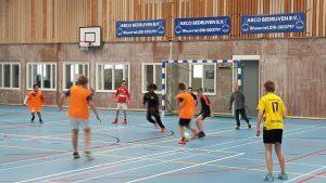 Buurtsportcoach Frank Bouterse helpt kinderen sporten in Albrandswaard 2